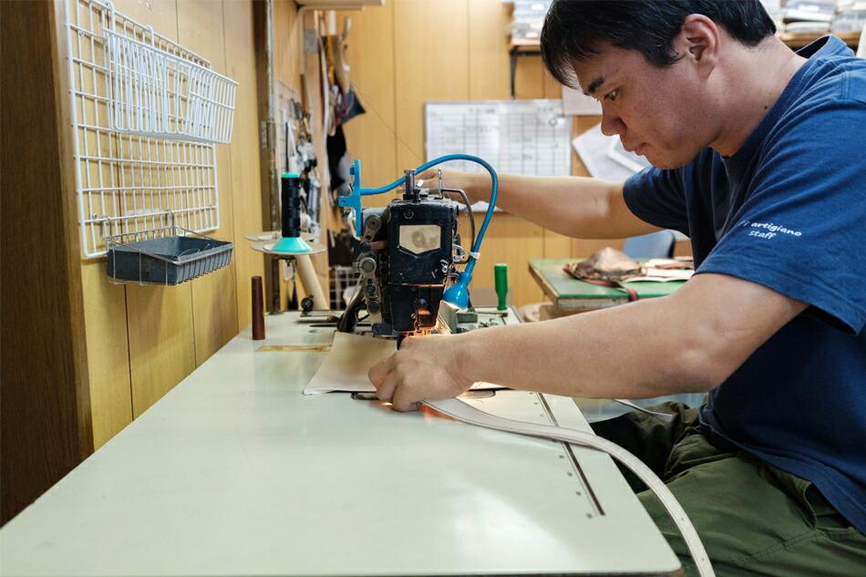 縫製工場の作業風景 その5