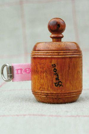 Sajou、手巻き式・木製メジャー