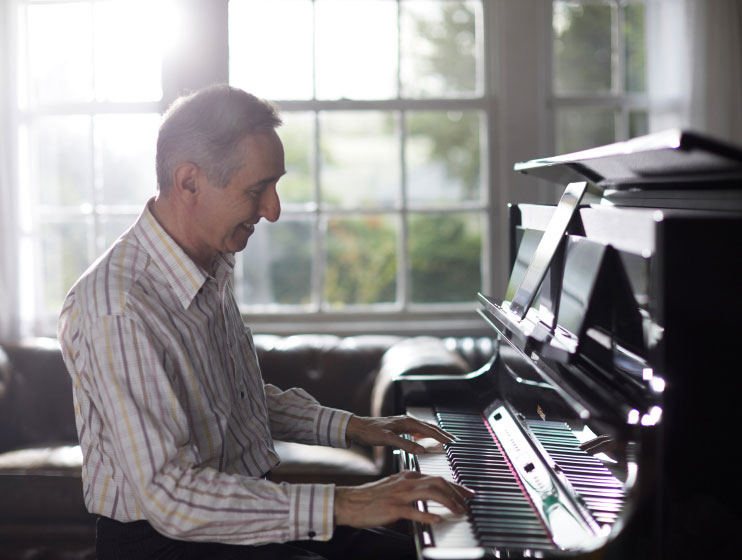LX708 PES 電子ピアノ 88鍵盤 ベージュカーペット(大)セット 関連画像