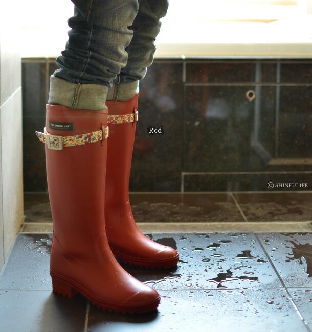 フォックスアンブレラ×リバティー!イギリス王室御用達ブランド(Fox umbrellas)が生地の女王Libertyとコラボ/レディース/シューズ/レインブーツ/レイン/ラバー/雨靴/レインシューズ/長靴/ラバーシューズ/雨/雪/靴/ラバーブーツ/ロング/ロングブーツ/花柄/日本製/防水/ モデル画像・レッド