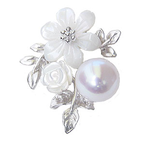 真珠 パール 6月誕生石 パールブローチ ピンズ あこや本真珠 8mm ピンクホワイト系 白蝶貝 花 フラワーモチーフ