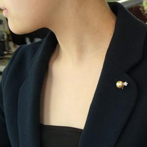 南洋白蝶真珠:ブローチ:パール:11mm:ゴールド系:ダイヤモンド:6石:合計0.23ct:K18WG:ホワイトゴールド