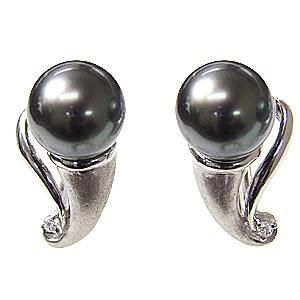 真珠 パール 黒真珠 ブラックパール イヤリング PT900 プラチナ 真珠の直径8mm グリーン系 ダイヤモンド 2石 0.02ct 6月誕生石 タヒチ黒蝶真珠