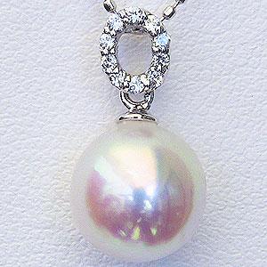 真珠:パール:ペンダントトップ(ヘッド):あこや本真珠:9mm:ピンクホワイト系:PT900:プラチナ:ダイヤモンド:0.05ct