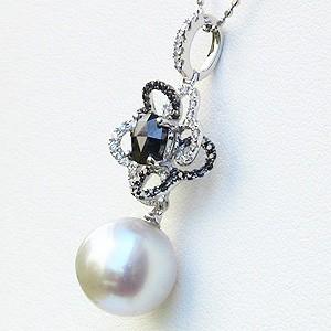 真珠:パール:南洋白蝶真珠:10mm:ピンクホワイト系:ペンダントトップ:K18WG:ホワイトゴールド:ダイヤモンド:ブラックダイヤモンド:アンティーク:フェミニン:フラワーモチーフ