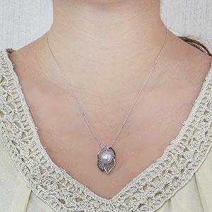 真珠:パール:南洋白蝶真珠:10mm:ピンクホワイト系:ペンダントトップ:ホワイトゴールド:ブラックダイヤモンド:0.15ct