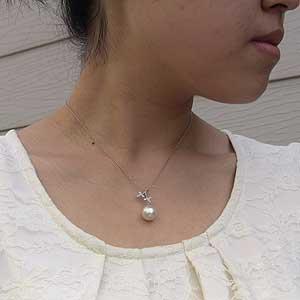 南洋白蝶真珠ペンダントトップ:ホワイト系:11mm