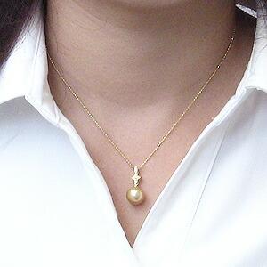 真珠:ゴールデンパール:南洋白蝶真珠:10mm:ゴールド系:パール:ペンダントトップ:K18:ゴールド:ダイヤモンド:0.06ct