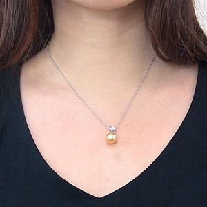 南洋白蝶真珠:ペンダントトップ(ヘッド):真珠の大きさ:10mm:ゴールド系:ホワイトゴールド:K18WG
