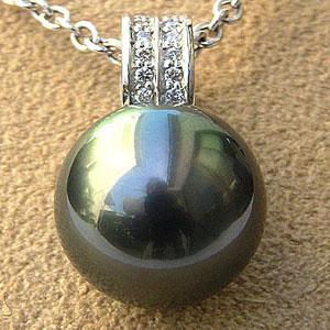 真珠  パール ペンダントトップ タヒチ黒蝶真珠 直径12mm グリーン系 ダイヤモンド PT900 プラチナ ペンダント
