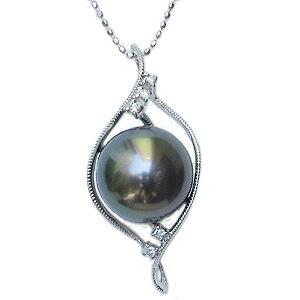 真珠:パール:ペンダントトップ:黒真珠:タヒチ黒蝶真珠:ブラックパール:ホワイトゴールド:K18WG:18金:ダイヤモンド:0.05ct