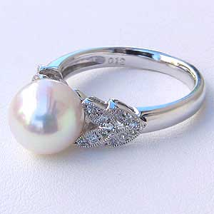 あこや本真珠:リング:ダイヤモンド0.12ct