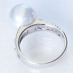 真珠:パール:リング:南洋白蝶真珠:真珠の直径:約12mm:ピンクホワイト:ダイヤモンド:0.10ct:PT900:プラチナ:指輪
