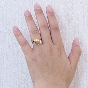 真珠:パール:リング:南洋白蝶真珠:真珠の直径:約12mm:ゴールド色:ダイヤモンド:0.11ct:Pt900:プラチナ:指輪