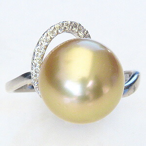 真珠:パール:リング:南洋白蝶真珠:真珠の直径:約11mm:ゴールド色:ダイヤモンド:0.11ct:Pt900:プラチナ:指輪