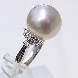 南洋白蝶真珠:ダイヤモンド:リング:PT900