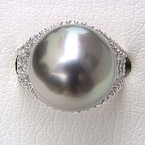 タヒチ黒蝶真珠:リング:ダイヤモンド:パール:シルバーグレー系