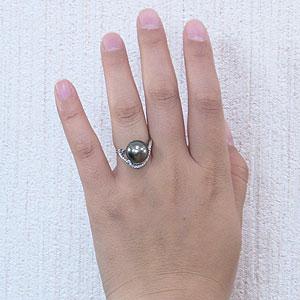 パール:リング:真珠:指輪:タヒチ黒蝶真珠:ブラックパール:真珠の直径:約12mm:ダイヤモンド:0.37ct:Pt900:プラチナ