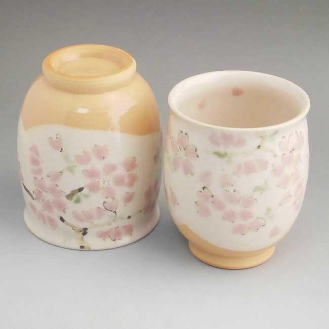 京焼清水焼色絵桜夫婦湯呑と夫婦茶碗セット 陶仙