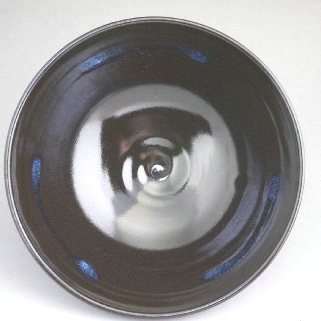 天目釉平茶碗