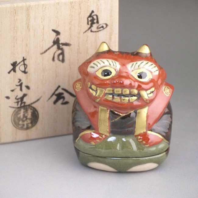 京都の楽焼窯元伊東桂楽作香合 鬼