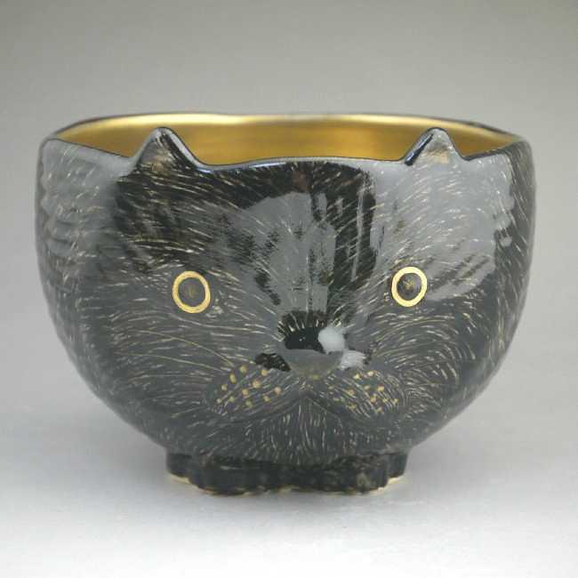 猫型の茶碗