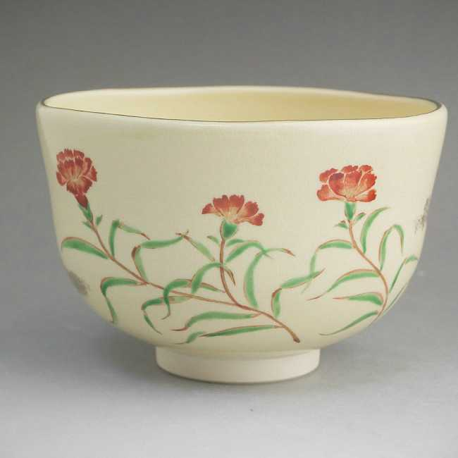 カーネーションの茶碗