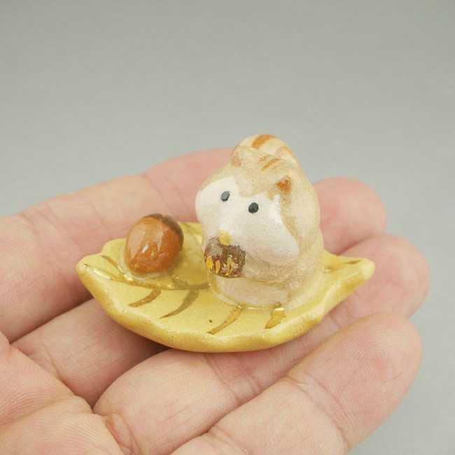 【京焼 清水焼】リス箸置き 清水焼