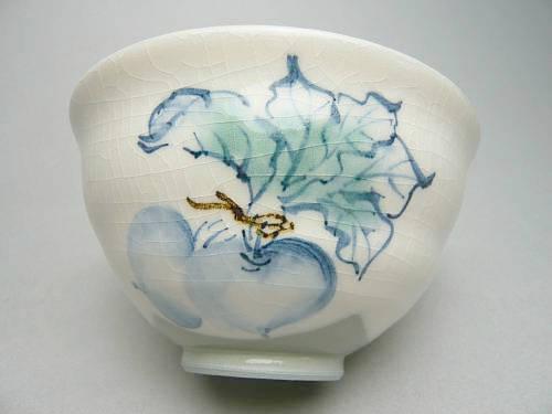 清水焼京焼の縁起の良い蕪の画が描かれたご飯茶碗