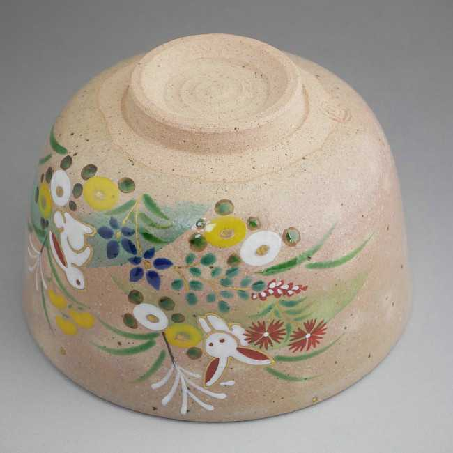 清水焼京焼の窯元小倉亨作抹茶碗 兎と秋草