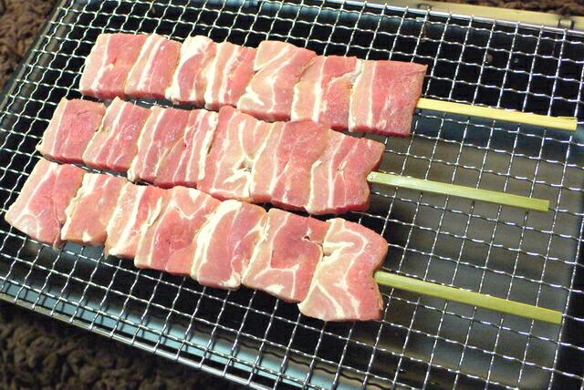 ジャンボ豚バラ串100g