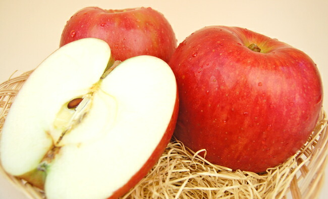 サンつがるりんご