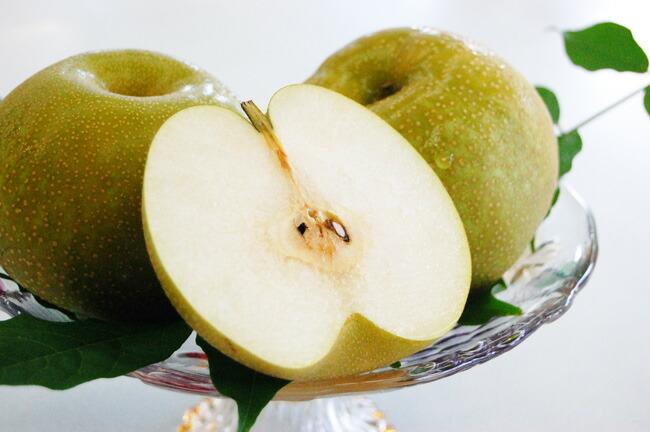 ごくごく食べる梨幸水ロイヤル