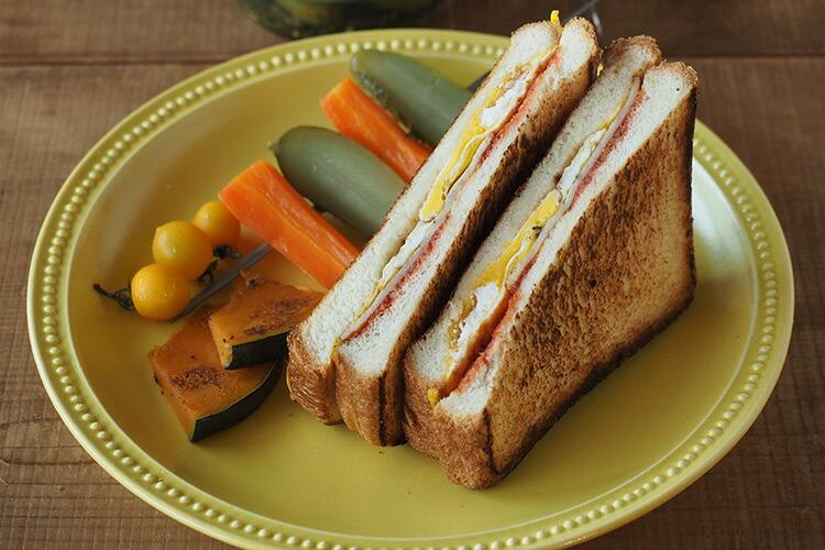 BreadAndRice パンとごはんと 美濃焼 リムドットラウンドプレートL Bread&Rice