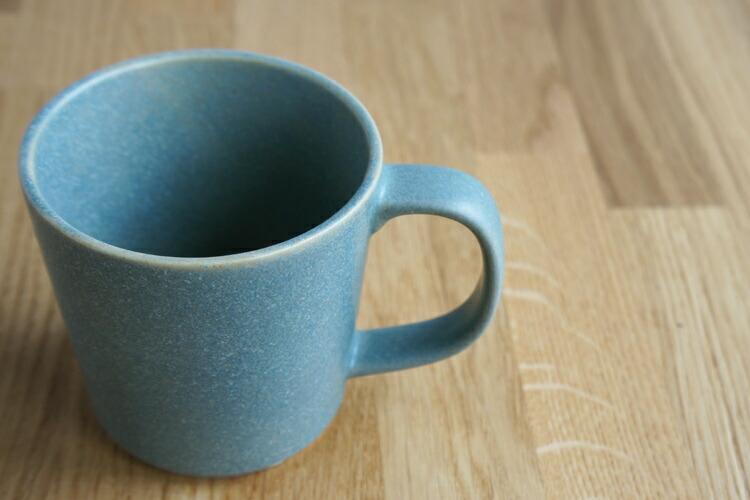 BreadandRice(パンとごはんと...)美濃焼山イ窯 セラドングリーンの陶器マグカップ 320ml菱沼未央さん タイトルイメージ