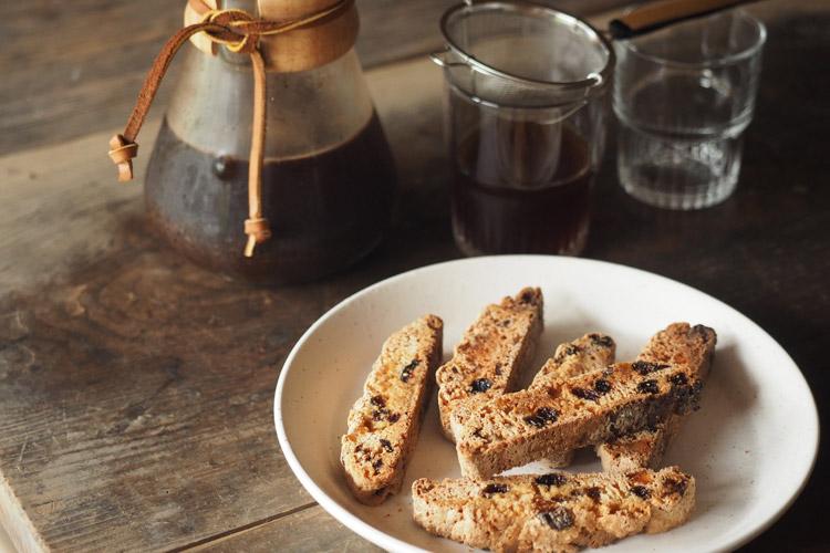 Bread and Rice (パンとごはんと...) 美濃焼 丸新窯 小皿 菱沼未央さん タイトルイメージ