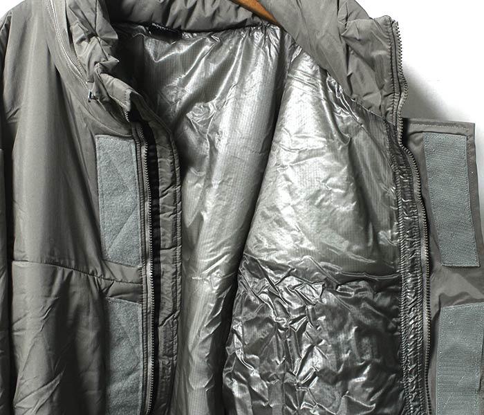 [送料無料]デッドストック/DEADSTOCK ビヨンド/BEYOND CLOTHING社製 アメリカ製 モンスターパーカー/MONSTER PARKA LEVEL7 PCU TYPE-2 MODEL XL-R プリマロフトパーカー (MONSTER-PARKA-L7-ALGRN-XL-R)