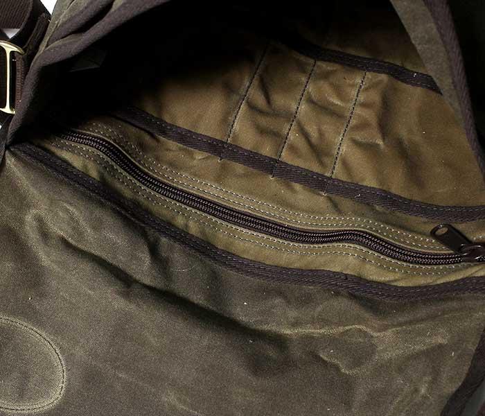 フロストリバー FROST RIVER アメリカ製 ショルダーバッグ ''キャリア ブリーフ メッセンジャーバッグ'' ワックスドコットン バッグ (FR-891)
