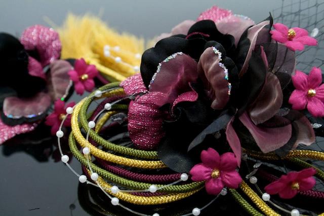 髪飾り2点セット 黒×赤紫 花 組紐 成人式 振袖 卒業式 袴 お正月 着物 結婚式 ドレス 髪留め