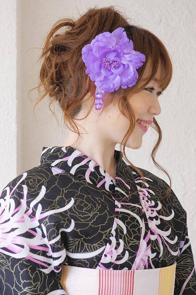 夏の浴衣にぴったりなブラ付き髪飾り