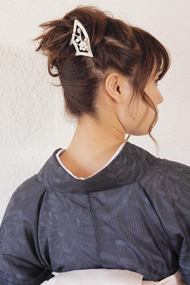 黒留袖や色留袖、訪問着などフォーマルな着物におすすめなバチかんざし