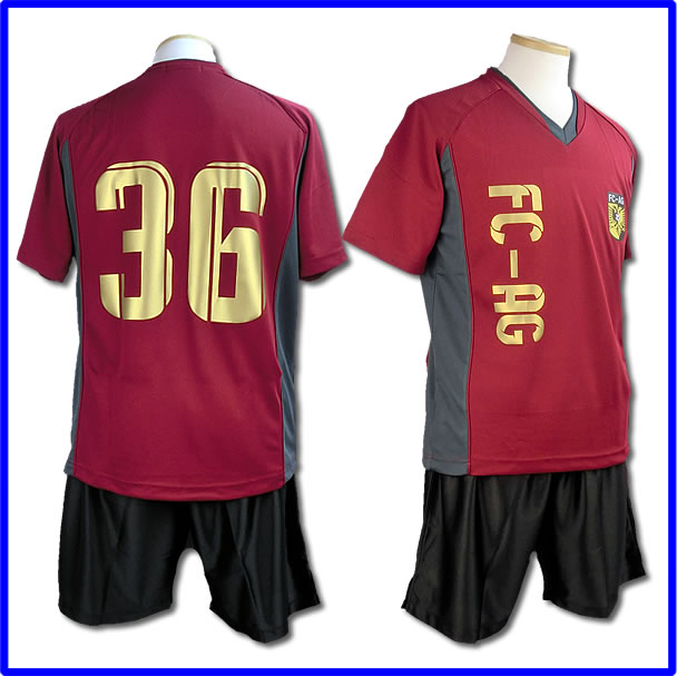 チームオーダーサッカーユニフォーム、オリジナル、フットサルユニフォーム、激安サッカーユニフォーム
