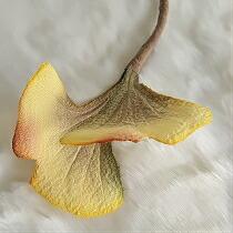 ちりめん染花 コサージュ≪木の葉 いちょう≫