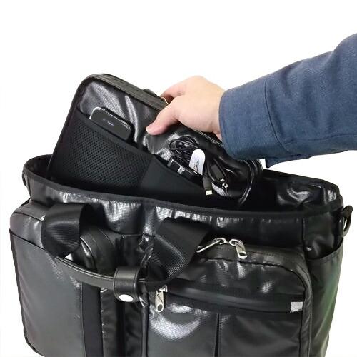 機能的な設計のバッグインバッグ
