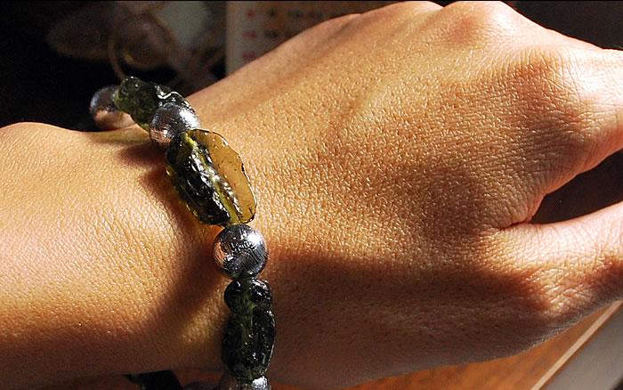【一点もの】モルダバイト×ギベオン隕石(シルバーカラー) ブレスレット 天然石 パワーストーン