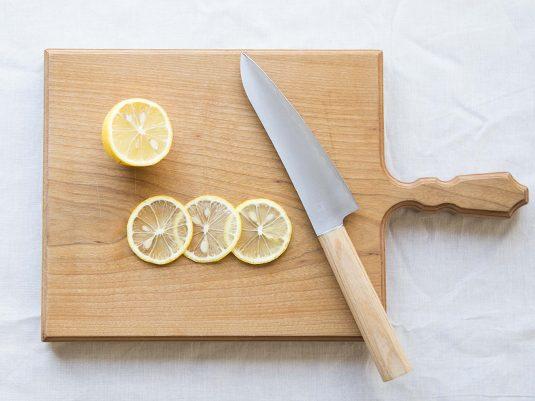 驚異の切れ味!包丁「ゆり」でいつもの料理も3割増し