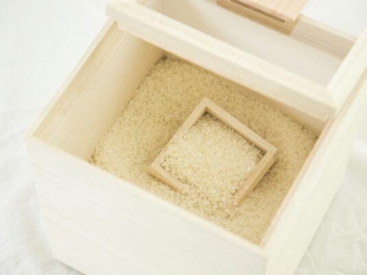 老舗桐箱店の米櫃が、お米をおいしく保ちます