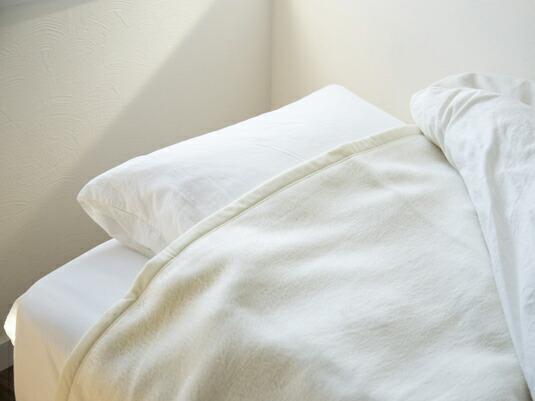 睡眠の質が確実に上がります!シルク100%の国産毛布