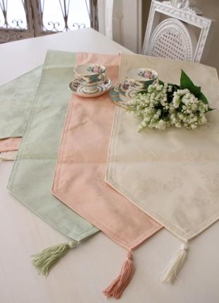 シャインローズ 撥水テーブルランナー センター 32×150 薔薇 ジャガード 姫系 レターパックOK