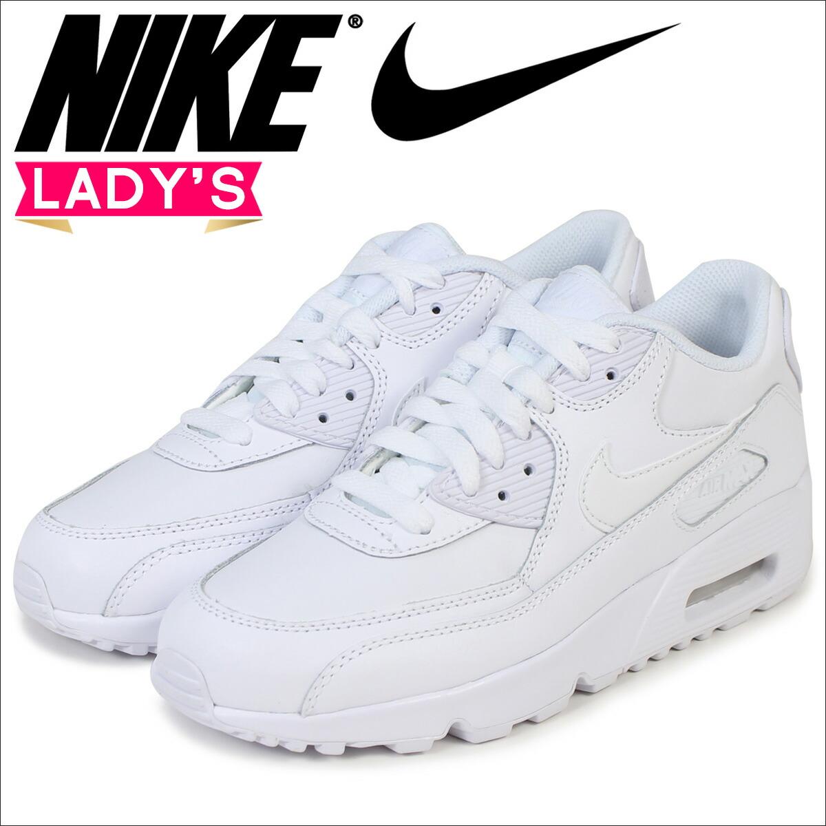 nike スニーカー white